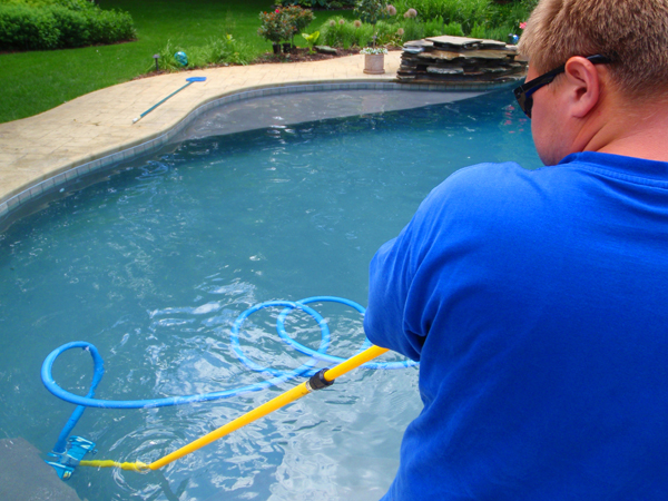 Tips For Keeping Your Pool Clean